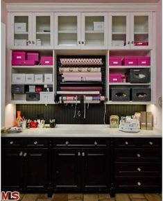 """Christina Aguilera's Beverly Hills Home (formerly The Osbornes) - Wrapping """"area"""" - LOVE IT!"""