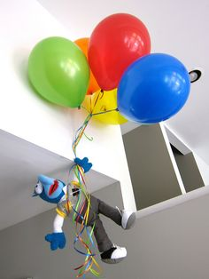 The (Original) Muppet Movie // Gonzo with Ballooons. The Gonzo could be a birthday present. Baby 1st Birthday, First Birthday Parties, Birthday Party Themes, First Birthdays, Birthday Ideas, Kid Parties, Muppet Babies, Jim Henson, Die Muppets