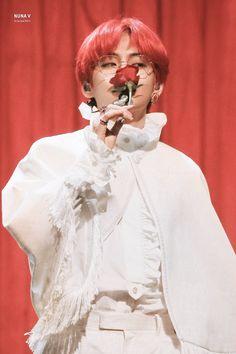 babyhealthy Kpop BTS Love Yourself Hoodie Suga Jimin V Rap-Monster Sweater Jacket Pullover Bts Taehyung, Jimin Jungkook, Namjoon, Taehyung Red Hair, Daegu, K Pop, Foto Bts, Taekook, Sunshine Line
