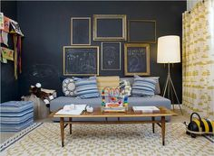 Practical and beautiful wall. Photo via: Rue Magazine. Selected by: Lo Spazio Perfetto Interior design Italian blog.