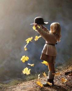 It's a beautiful world Cute Kids Photography, Autumn Photography, Creative Photography, Family Photography, Children Photography Poses, Foto Baby, Shooting Photo, Fall Photos, Beautiful Children