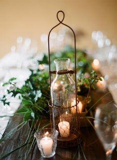 Winter Wonderland I Castle Wedding I http://verdigrisvenuedressing.co.uk I Red and White Theme I Wedding table ideas