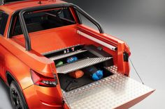 Skoda Mountiaq is a Pretty Cool Lab Project – Man of Many Built In Refrigerator, Hidden Compartments, Vintage Classics, New Trucks, Pretty Cool, Concept, Projects, Offroad, Lab