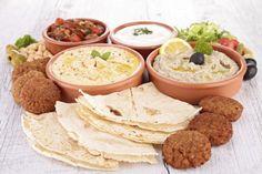 A chef Leila Youssef, do restaurante Arabia, ensina você a montar um menu com os ícones da culinária do Oriente Médio