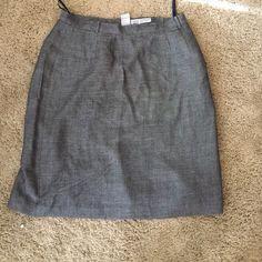 Eddie Bauer Skirt Eddie Bauer Skirt. Size 14 . Length 23 inches Eddie Bauer Skirts
