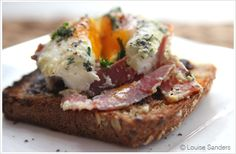a new take on breakfast with Patty Pan eggs.   @theleisurelife #recipes #holidays