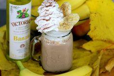 Kto by nie chciał rozkoszować się takim drinkiem? Deser na dziś to Bananowy koktajl z serkiem waniliowym! https://cosdobrego.pl/przepis-na-bananowy-koktajl-z-serkiem-waniliowym/