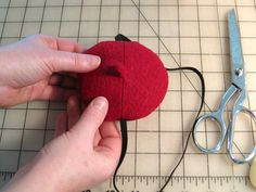 Make Yourself a Mini Beret Fascinator Red Berets, Steampunk Crafts, Sewing Patterns For Kids, Dani, Fascinator Hats, Sewing Tutorials, Diy Fashion, Boy Or Girl, Doll Clothes