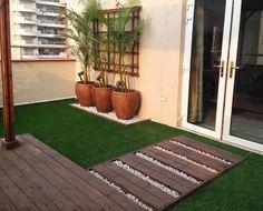 Style terraces by Studio Earthbox – Small Balcony Decor Ideas Small Courtyard Gardens, Small Terrace, Small Courtyards, Terrace Garden, Terrace Ideas, Garden Paths, Garden Beds, Small Balcony Design, Small Balcony Decor