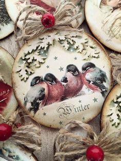 painted wood with twine hanger Christmas Decoupage, Christmas Ornaments To Make, Country Christmas, Christmas Balls, Handmade Christmas, Holiday Crafts, Christmas Holidays, Painted Ornaments, Handmade Ornaments