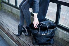 Gothic colors. minnasomero.blogspot.com