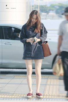 Steal Her Style: Krystal Jung Krystal Fx, Jessica & Krystal, Jessica Jung, Korean Airport Fashion, Korean Fashion, Kpop Outfits, Girl Outfits, Fashion Outfits, Kpop Fashion