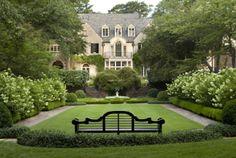 Danielle Rollins Residence designed by Miles Redd, Atlanta... Formal Gardens, Outdoor Gardens, Modern Gardens, White Gardens, Small Gardens, Dream Garden, Home And Garden, Garden Villa, Garden King