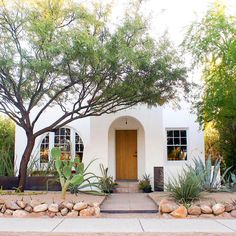 Mabel Street Residence is a renovation of a bungalow in Tucson, AZ. This home balances historic preservation with modern features.