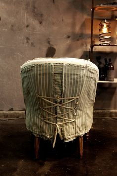corset style ties on chair slipcover Mismatched Furniture, Reupholster Furniture, Textiles, Banquette, Antique Chairs, Slipcovers For Chairs, Take A Seat, Furniture Restoration, Chair Covers