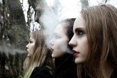Heir of Fire - The Witches (Blackbeak, Blueblood, Yellowlegs)