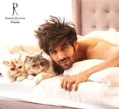 Heartthrob Kartik Aaryan's debut on Dabboo Ratnani's calendar is proving to be one helluva sight. That smouldering look is… Cute Actors, Handsome Actors, Handsome Boys, Bollywood Stars, Bollywood News, Bollywood Actress, Bollywood Masala, Indian Celebrities, Bollywood Celebrities