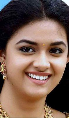 That smile! Beautiful Lips, Beautiful Girl Indian, Beautiful Girl Image, Most Beautiful Indian Actress, Beautiful Actresses, Beautiful Saree, Beautiful Children, Beauty Full Girl, Beauty Women