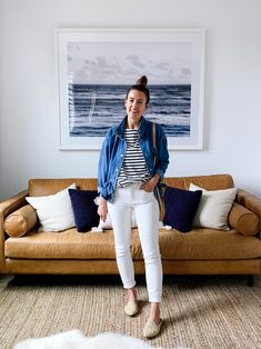 5 Ways to Style a Striped Tee for Spring Casual Work Outfits, Boho Outfits, Spring Outfits, Fashion Outfits, Black Jeans Outfit, Blazer With Jeans, White Jeans, Jean Jacket Outfits, Boho Fashion Summer