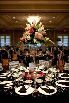 Bolingbrook Country Club Wedding -- Centerpiece Design  #jevel #jevelweddingplanning Follow Us: www.jevelweddingplanning.com www.facebook.com/jevelweddingplanning/ www.twitter.com/jevelwedding/ www.pinterest.com/jevelwedding/