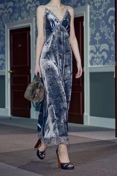 Louis Vuitton at Paris Fashion Week Fall 2013 - Details Runway Photos Couture Fashion, Runway Fashion, High Fashion, Fashion Show, Fashion Outfits, Paris Fashion, Fall Outfits, Mens Fashion, Fashion Tips