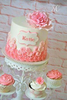 Beautiful rosette cake