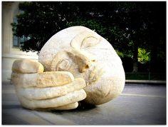 Henri de Miller's iconic monumental sculpture Ecoute (Listen) #Paris