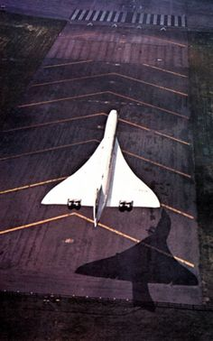 "Concorde: ""Shadow Effect."""