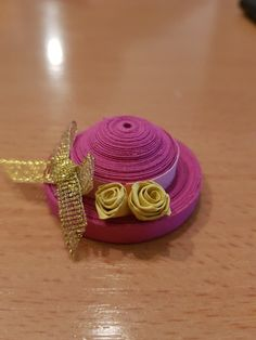 Quilling Videos, Dollhouse Ideas, Paper Quilling, Paper Art, 3d, Hats, Papercraft, Hat, Hipster Hat