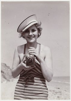 Woman taking a photograph, National Media Museum Collection Vintage Sailor, Vintage Nautical, Vintage Soul, Girls With Cameras, Vintage Bridesmaid Dresses, Show Beauty, Childhood Photos, Vintage Inspired Dresses, Historical Clothing
