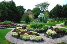 Desain taman rumah mewah modern