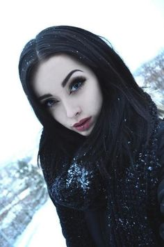 Gothic Beauty that makeup <3
