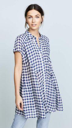 Fresh looking gingham tunic top for spring.  #tunic #ad #fashion #womensfashion #gingham #navyblue