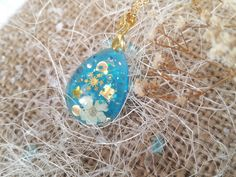 Snowflake Necklace - Blue Teardrop Pendant - Pressed Flower Necklaces - Resin Jewelry - Winter Theme Jewelry - Snow Necklace - Resin Pendant by FlowerPoems on Etsy