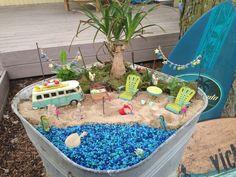 Fairy Garden Ideas Beach and Modern Backyard Garden Architecture. Beach Fairy Garden, Fairy Garden Houses, Gnome Garden, Fairy Gardening, Gardening Books, Garden Pots, Ideas Para Decorar Jardines, Little Gardens, Garden Terrarium
