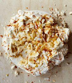 Banana,-coconut,-caramel-and-passion-fruit-pavlova