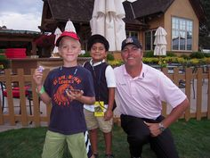 #Hangin' with Bo http://golfdriverreviews.mobi/golfpictures/ Bo Van Pelt (born May 16, 1975) is an American professional golfer who has played on both the Nationwide Tour and the PGA Tour.