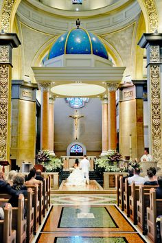 Immaculata I San Diego, Ca ITrue Photography Weddings I Alter shot I  Coordinator: K & S Events by Design
