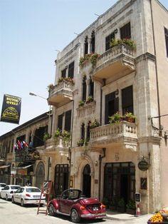 Henüz gitmedik ama gidince kalınacak yer barına en çok check-in yapılan oteldir :) Antakya Liwan Otel