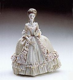 LLADRO - THE BALL