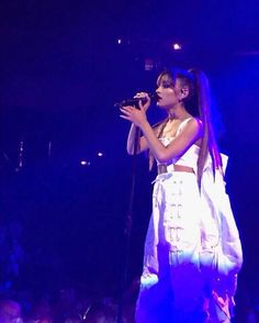 February 7: Ariana performing at the #DangerousWomanTour in Omaha, NE ♡