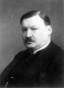 Alexandre Konstantinovitch Glazounov (en russe : Александр Константинович Глазунов) est le dernier grand compositeur romantique russe, né à Saint-Petersbourg le 10 août 1865 et mort à Neuilly-sur-Seine le 21 mars 1936.
