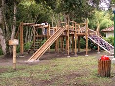 Bamboo House, Bamboo Garden, Ideas Cabaña, Park Playground, Playground Ideas, Bamboo Construction, Bamboo Architecture, Kids Play Area, Play Areas