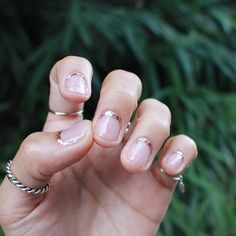 #glitter #lineglitter #nails #unistella #cuticleart #큐티클아트