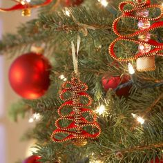 DIY Easy Ribbon Bead Christmas Tree Ornament tutorial with one ribbon and several beads to thread though an easy Christmas ornaments Easy Christmas Ornaments, Handmade Ornaments, Homemade Christmas, Christmas Art, Winter Christmas, Christmas Wreaths, Christmas Decorations, Christmas Ideas, Beaded Ornaments