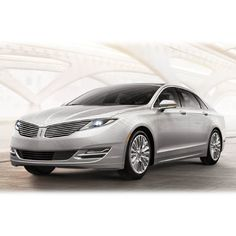 A Woman's Perspective: Test Drive Art With Front Wheel Drive - 2013 Lincoln MKZ Hybrid