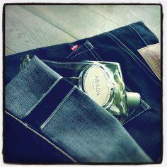 Infusion d'Iris & #Levi's 501. Simple & timeless! #parfum du jour #Prada  #scent of the day #OOTD #denim #selvedge
