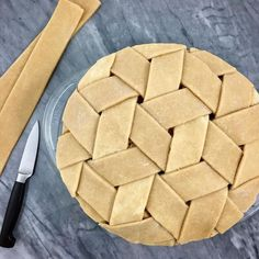 "Natalie Popkave (@beeandthebaker) ""tumbling blocks"" weave (dessert recipes fancy)"