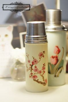 Chinese style thermos, need to get myself one of these!