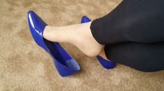 Gorgeous Feet, Beautiful, Blue Flats, Cute Bows, Ballerina Flats, Womens High Heels, Sexy Legs, Transgender, Pride